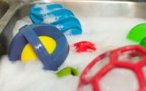 cleaning dog toys with bleach, baking soda.